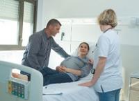 Femme enceinte, hôpital