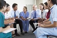 Réunions d'équipes, communication entre médecins